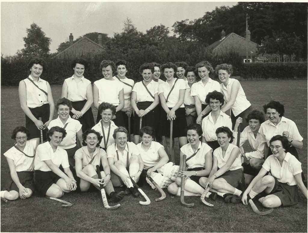 Hockey team 1958 (Myra)